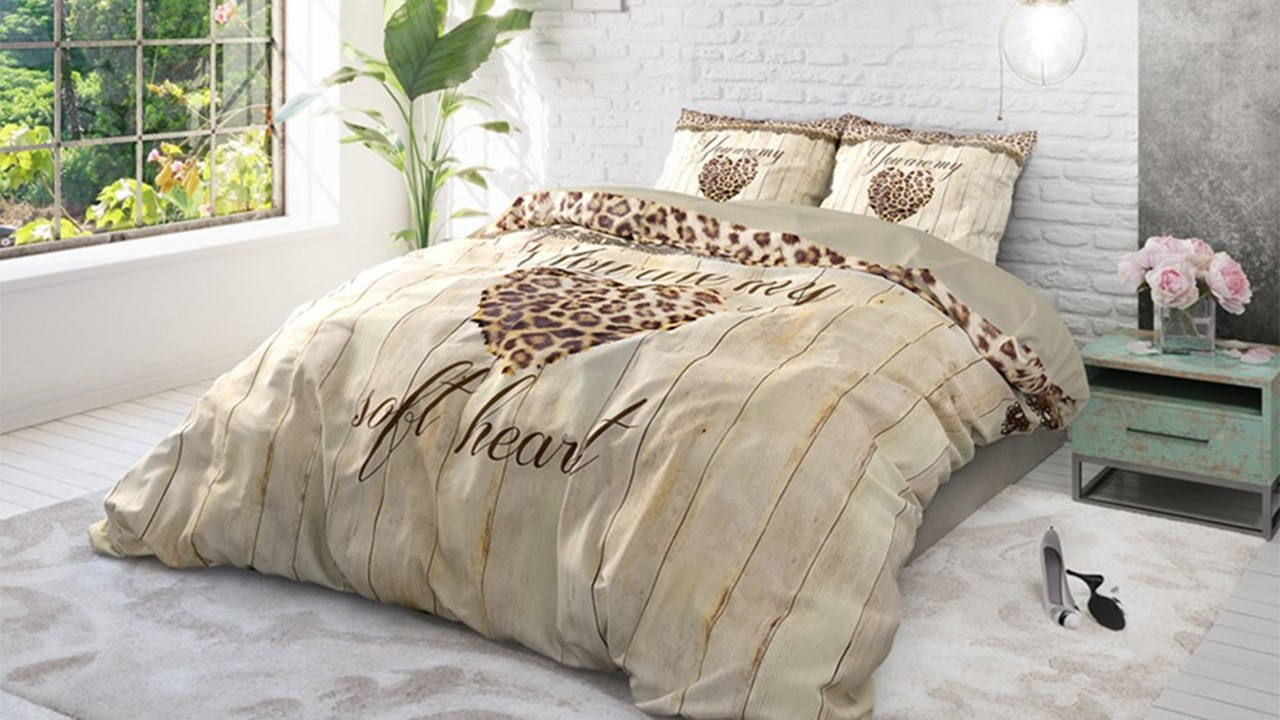 dbo_rt_home-is-love_taupe_sfeer-2