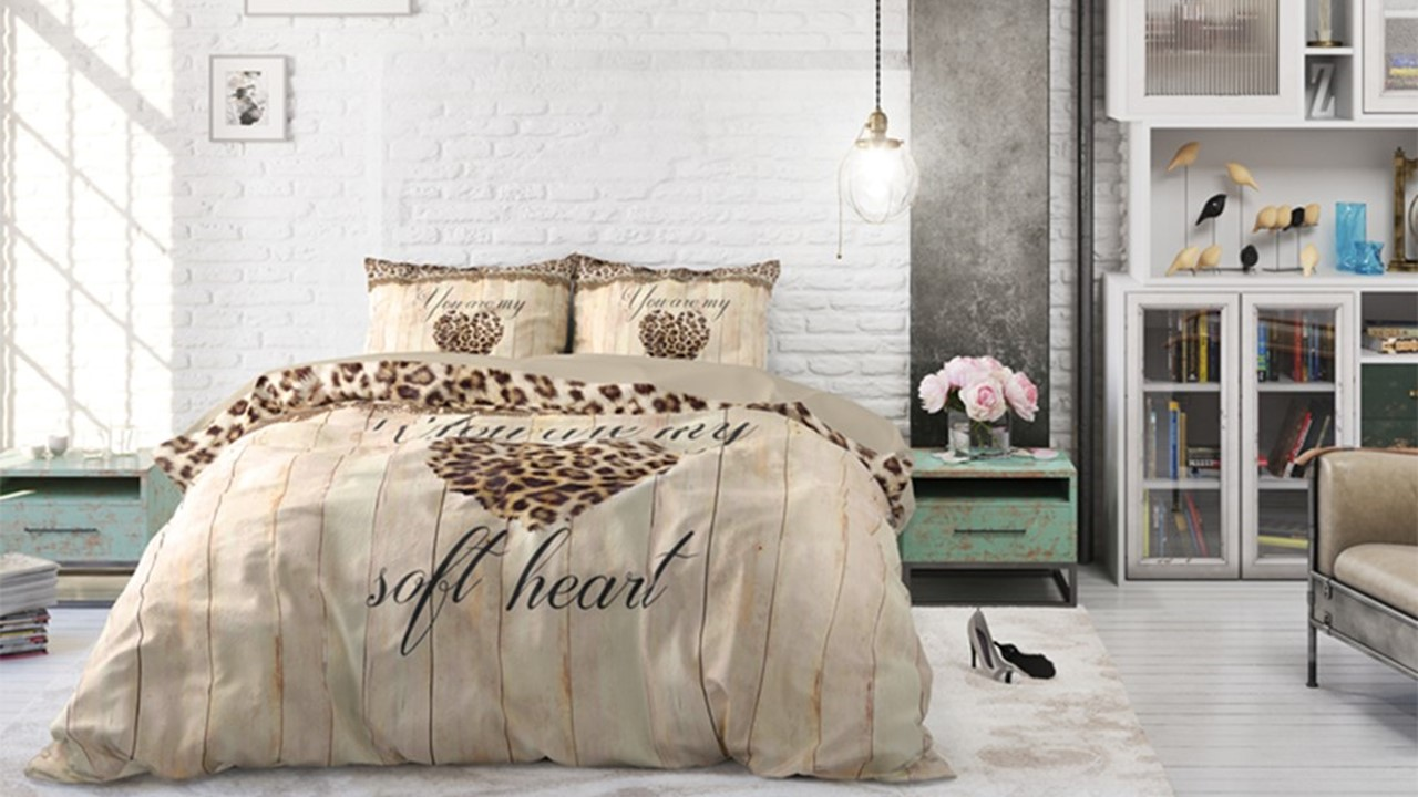 dbo_rt_home-is-love_taupe_sfeer